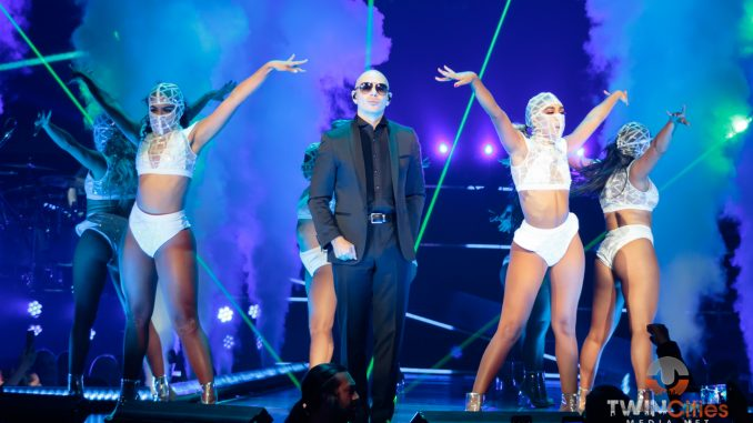 Pitbull at Zappos Theater at Planet Hollywood